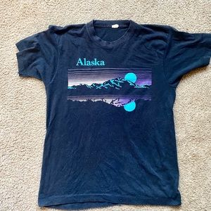 Vintage Alaska rad colors and soft tshirt